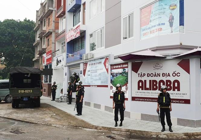 Nhân viên Alibaba ồ ạt dọn đồ khỏi công ty sau khi Nguyễn Thái Luyện bị bắt - ảnh 8