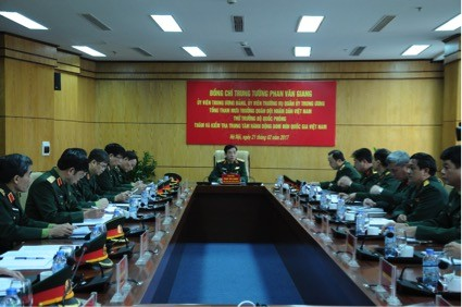 Trung tướng Phan Văn Giang làm việc với Trung tâm hành động bom mìn quốc gia - ảnh 2