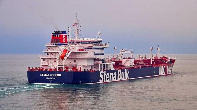 Bị Iran bắt tàu chở dầu, Anh dọa sẽ dùng 'biện pháp mạnh' - ảnh 1