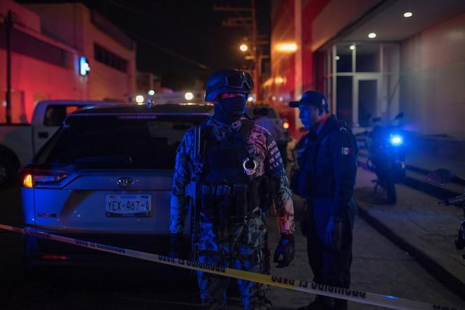 Quán bar cháy phừng phừng vì hứng bom chai, 23 người chết thảm - ảnh 3