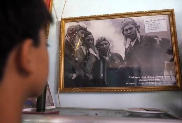 Những kỷ vật của phi công Nguyễn Văn Bảy - ảnh 1