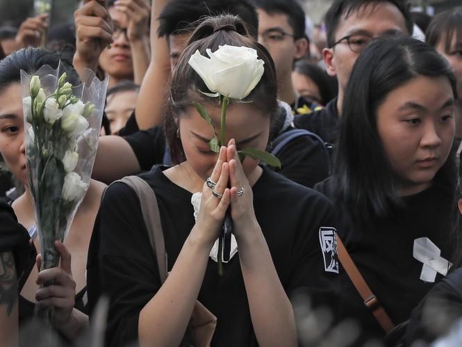 biểu tình Hong Kong trưởng đặc khu xin lỗi Joshua Wong được thả - ảnh 4