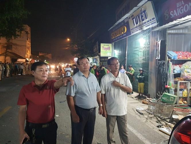 Hiện trường vụ tai nạn xe tải tông vào nhà dân ở Quảng Ngãi làm 3 người chết - ảnh 12
