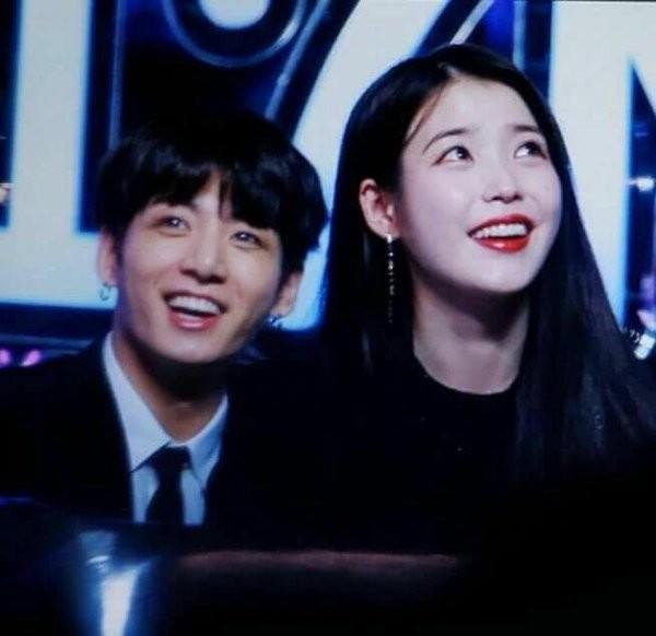 Hoàng Tử Thao bất ngờ tỏ tình với IU mà dân tình lại chỉ quan tâm tới Jungkook - ảnh 4