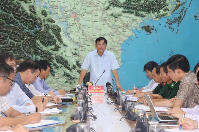 Bão Podul áp sát Hoàng Sa, 2.360 ngư dân vẫn trong vùng nguy hiểm - ảnh 1