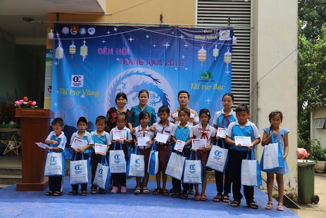 Mang Trung thu muộn đến trẻ em nhỏ vùng khó khăn tỉnh Đồng Nai  - ảnh 2