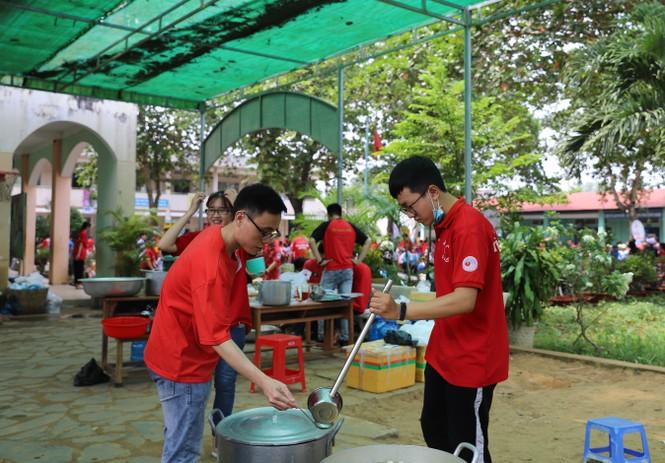 Mang Trung thu muộn đến trẻ em nhỏ vùng khó khăn tỉnh Đồng Nai  - ảnh 5