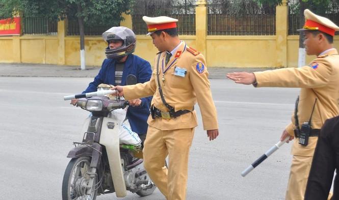 Hà Nội xử phạt hơn trăm trường hợp 'quá chén' - ảnh 2