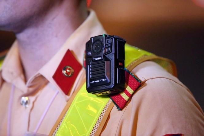 Tài xế gọi điện 'cầu cứu' khi bị CSGT phát hiện chở quá tải - ảnh 4