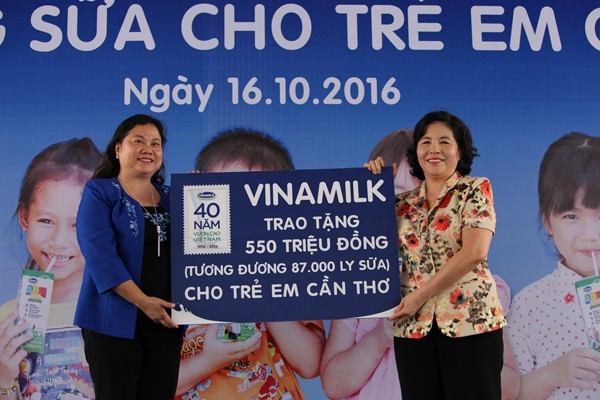 Quỹ sữa Vươn cao Việt Nam tiếp tục tặng sữa cho trẻ em tại Cần Thơ - ảnh 3