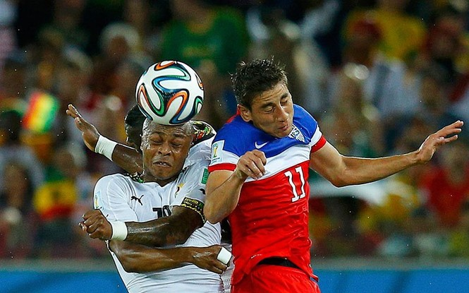 Nét mặt 'khó đỡ' của các sao trên sân cỏ World Cup - ảnh 18
