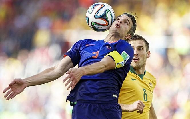 Nét mặt 'khó đỡ' của các sao trên sân cỏ World Cup - ảnh 2