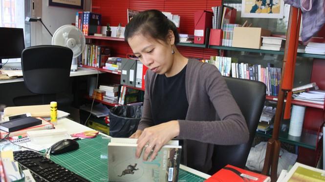 Gian nan tủ sách Việt tại Paris - ảnh 1