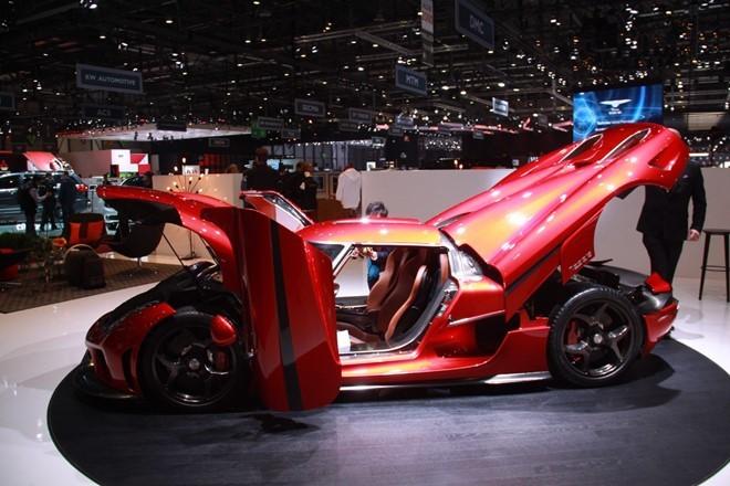 Chi tiết siêu xế Koenigsegg Regera giá 1,9 triệu USD - ảnh 2