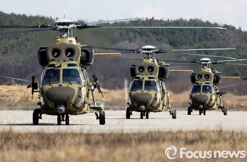 Tận thấy trực thăng 'khủng' Surion Hàn Quốc lần đầu tập trận - ảnh 14