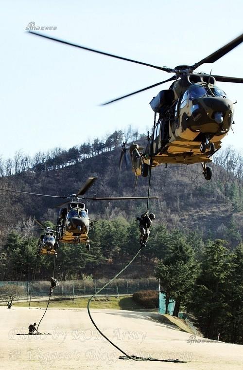 Tận thấy trực thăng 'khủng' Surion Hàn Quốc lần đầu tập trận - ảnh 3
