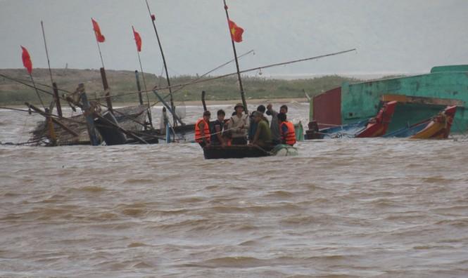 Xót xa xã biển Cảnh Dương sau mưa lũ - ảnh 2