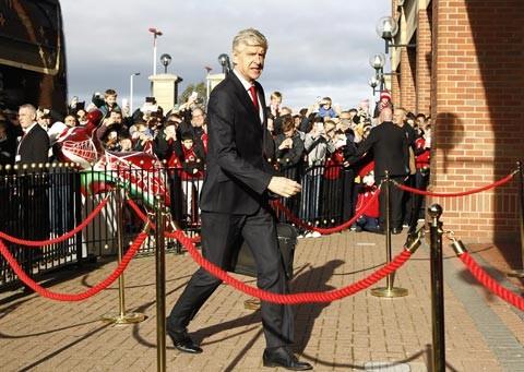 13 năm trắng tay, Arsenal vẫn mời Wenger gia hạn tới 2019 - ảnh 1