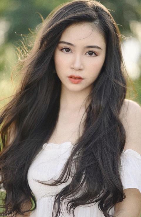 Thế hệ hot girl 2000 xinh đẹp, học giỏi, biết kinh doanh - ảnh 8