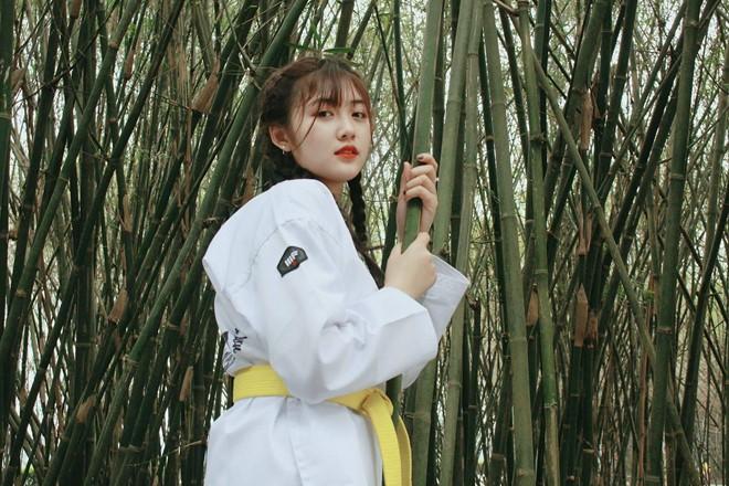 Nữ sinh 9X biết taekwondo, thường bị gắn mác 'chảnh' dù 'lầy lội' - ảnh 7