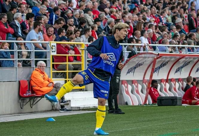 Công Phượng lại dự bị ở đội bóng Bỉ - ảnh 2