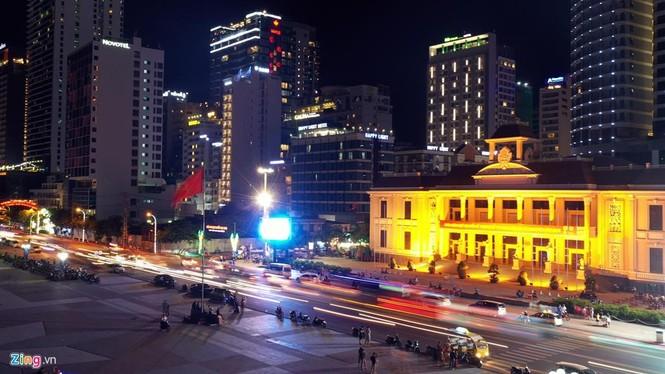Condotel, khách sạn cao tầng chen chúc dọc bờ biển Nha Trang - ảnh 11