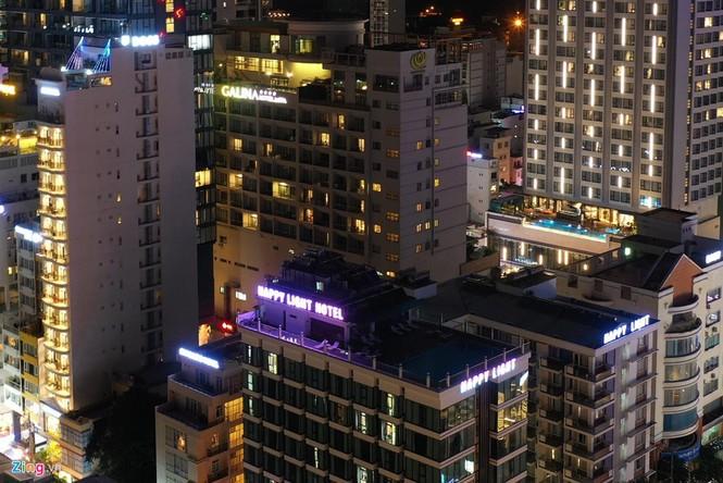 Condotel, khách sạn cao tầng chen chúc dọc bờ biển Nha Trang - ảnh 13