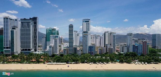 Condotel, khách sạn cao tầng chen chúc dọc bờ biển Nha Trang - ảnh 10