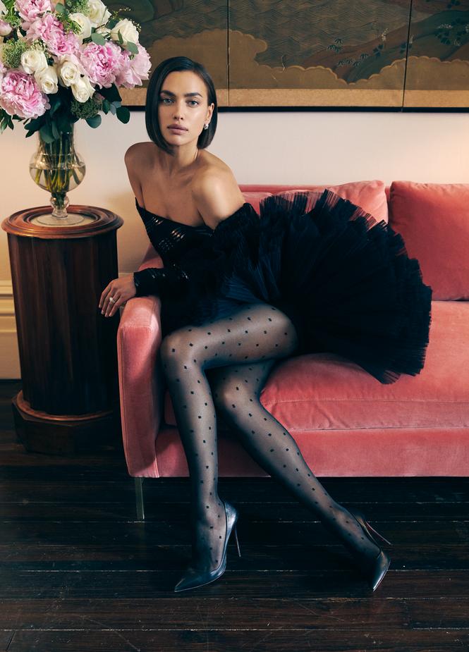 Irina Shayk chụp ảnh ngực trần gợi cảm hậu chia tay Bradley Cooper - ảnh 4