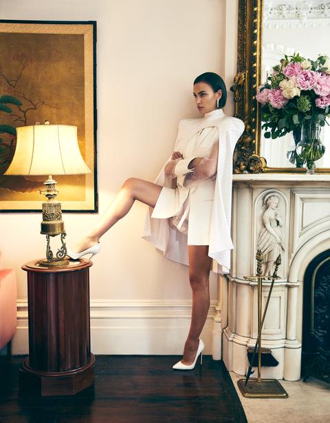 Irina Shayk chụp ảnh ngực trần gợi cảm hậu chia tay Bradley Cooper - ảnh 8