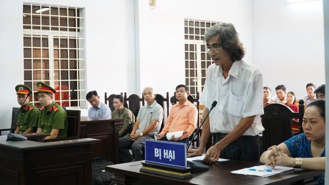 Tài xế 'xe điên' tông 5 người chết bị tuyên 14 năm tù - ảnh 1