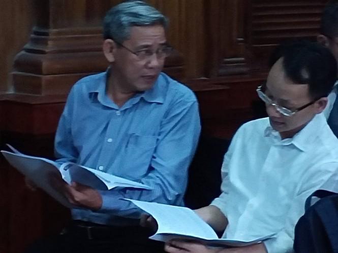 Bắt đầu xét xử nguyên Phó Chủ tịch UBND TPHCM Nguyễn Hữu Tín và đồng phạm - ảnh 3