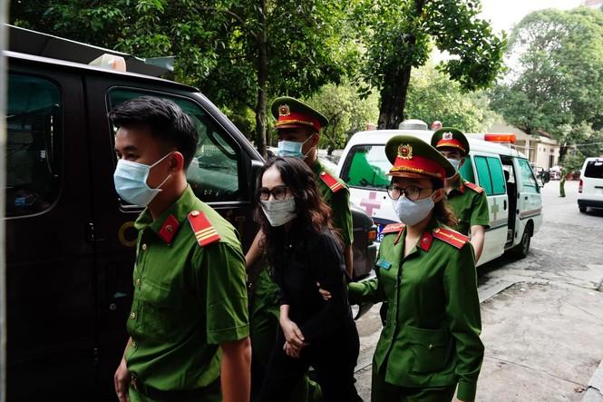 Bắt đầu xét xử cựu Phó Chủ tịch UBND TPHCM Nguyễn Thành Tài cùng đồng phạm - ảnh 1