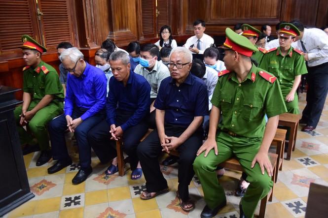 cựu CEO DongABank Trần Phương Bình bị tuyên chung thân - ảnh 1