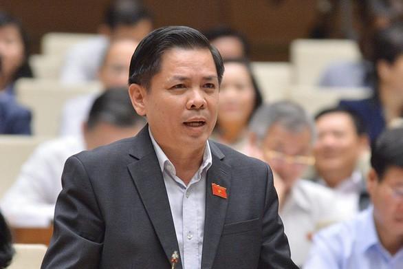 Cảnh sát áp giải cựu Bộ trưởng Đinh La Thăng cùng 18 bị cáo vào tòa - ảnh 3
