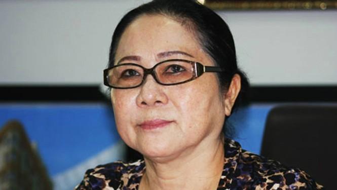 Ông Nguyễn Thành Tài hầu tòa cùng bà Dương Thị Bạch Diệp trong một vụ án chiếm đất công - ảnh 1