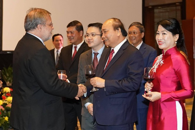 Việt Nam luôn cháy bỏng khát vọng hoà bình, thịnh vượng  - ảnh 5