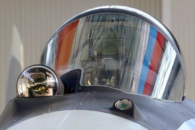 Khám phá nhà máy chế tạo siêu tiêm kích Su-35 - ảnh 2