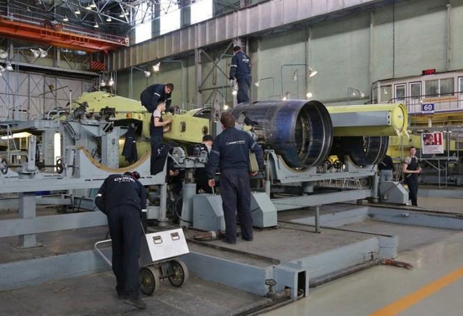 Khám phá nhà máy chế tạo siêu tiêm kích Su-35 - ảnh 4