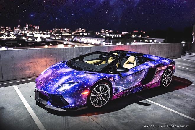 Lóa mắt với siêu xe Aventador Roadster 'thiên hà' - ảnh 2