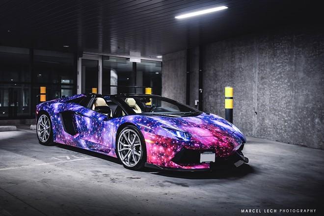 Lóa mắt với siêu xe Aventador Roadster 'thiên hà' - ảnh 3