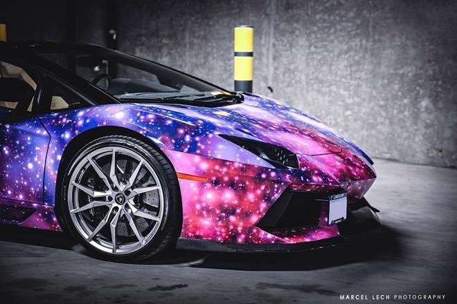 Lóa mắt với siêu xe Aventador Roadster 'thiên hà' - ảnh 4