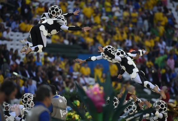 Khai mạc World Cup: Hòa nhịp những trái tim cuồng say - ảnh 1