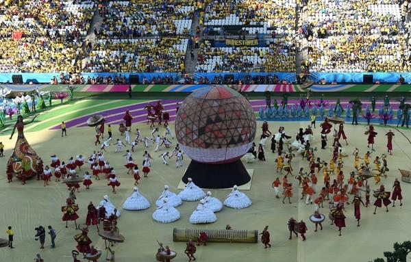 Khai mạc World Cup: Hòa nhịp những trái tim cuồng say - ảnh 4