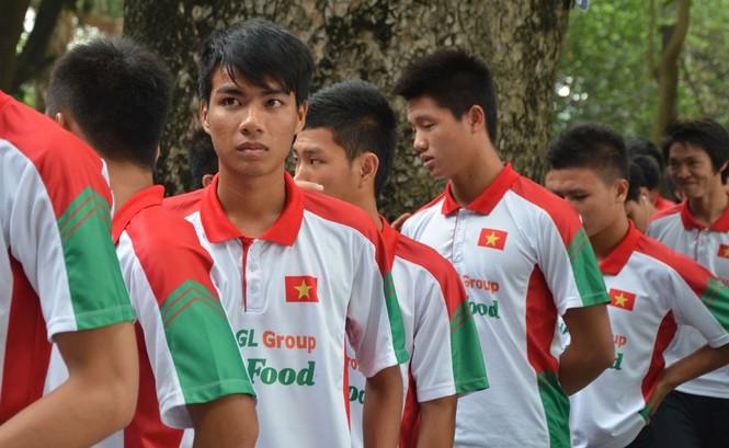 U19 Việt Nam tưởng nhớ Đại tướng Võ Nguyên Giáp - ảnh 2