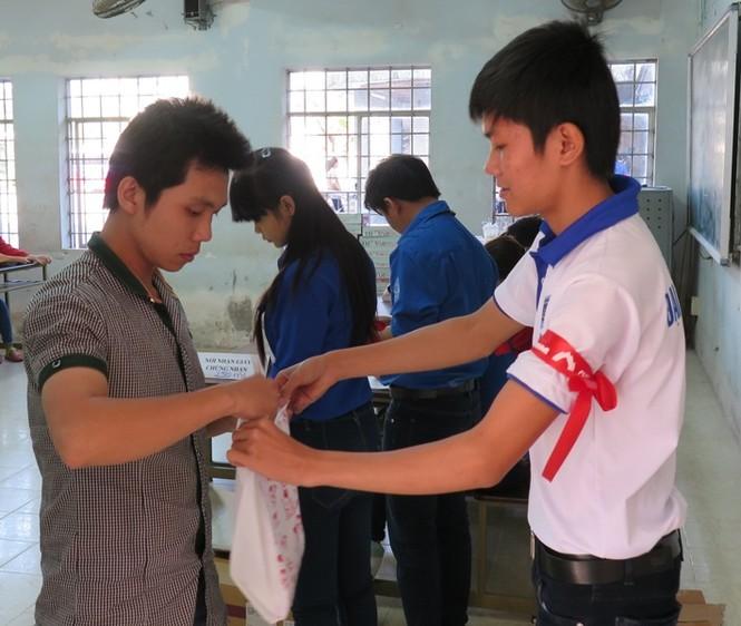 ĐH Cần Thơ ngân hàng máu sống cho người bệnh - ảnh 5