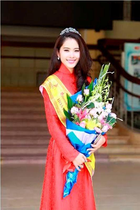 Trường  VHNT Quân đội tặng bằng khen cho Hoa khôi Nam Em - ảnh 3