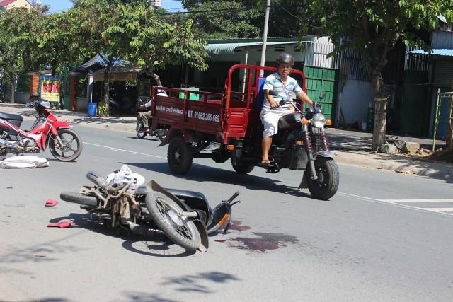 Bình Dương: Một phụ nữ bị xe tải cán nát tay, chân - ảnh 1