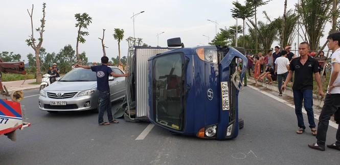 Tài xế lái ô tô Ford EcoSport gây tai nạn liên hoàn ở Hà Nội rồi bỏ chạy - ảnh 2