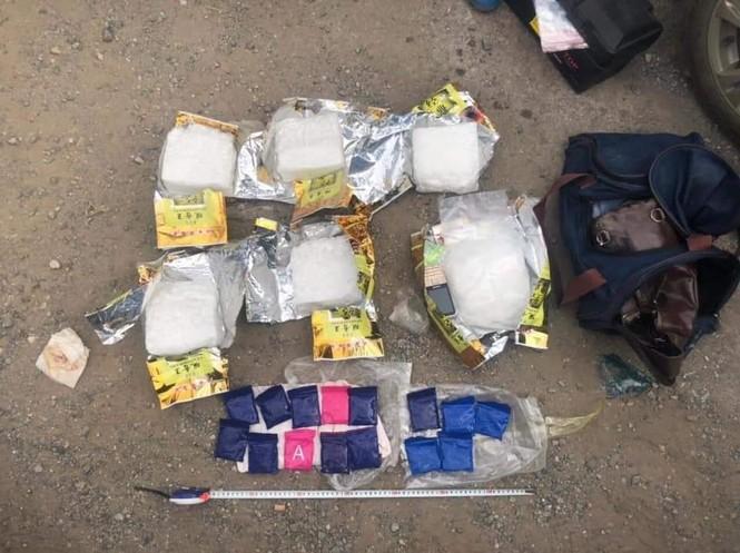 Bắt giữ nhóm đối tượng vận chuyển 7kg ma túy từ Điện Biên qua Hà Nội - ảnh 1